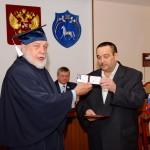 Вручение Тухтарову С.В. удостоверения действительного члена ПАНИ
